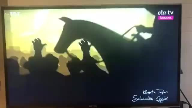Adnan Menderes'ten sonra ikinci skandal! İlkokul öğrencilerine kafa kesme sahnesi izletildi