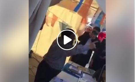 Kürtaj Dede şimdi de AKP Standında halka seslendi. Cennet vaad etti! Seçmen alkış tuttu