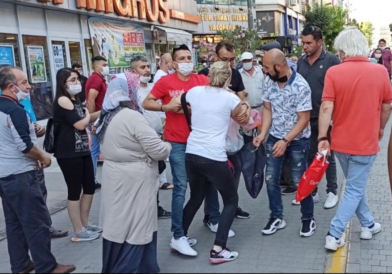 Sokak ortasında inanılmaz kavga! Eski kocasının yeni eşine saldırdı