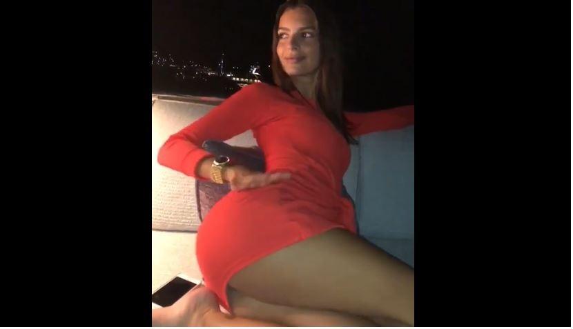 Emily Ratajkowski'den seksi dans