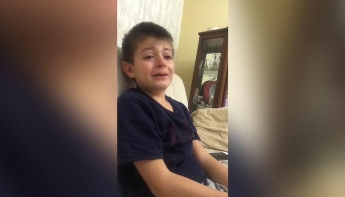 Atatürk Anıtı'na yapılan saldırıya çocuğun verdiği tepki..